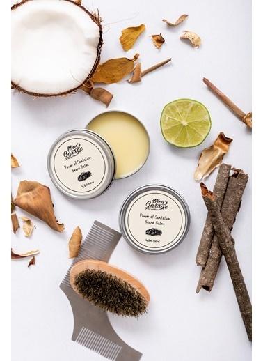 Bade Natural Sandal Ağacı Yağı & Jojoba & Badem Yağı Besleyici & Güçlendirici Sakal Balmı 50 ml  Renksiz